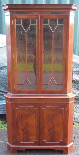 Georgian Style Mahogany Corner Cabinet by Archer & Smith
